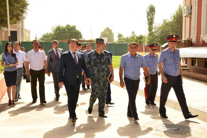 Familiarization of the Minister of the Interior with landscaping and creative work